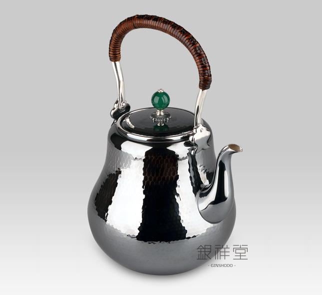 Silver Kettle 800cc long-slender-neck,jade lid,oxidized silver,Tsuchime